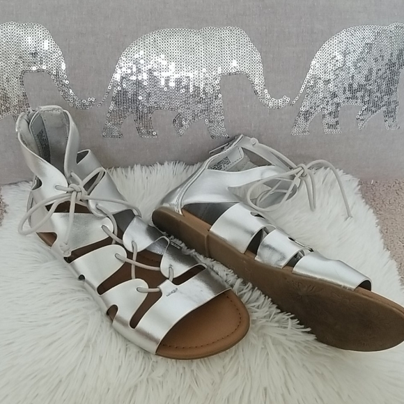 Mudd Shoes | Girls Silver Lace Up